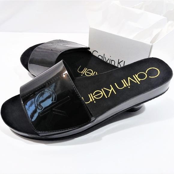 7e0e6bc57 Calvin Klein Shoes - Calvin Klein Flip Flops for her
